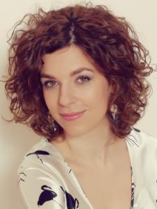 Julia Szalai